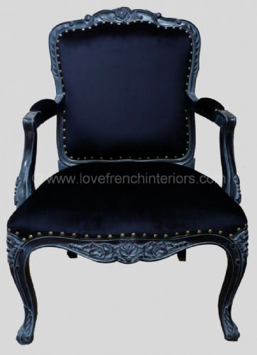 Louis Carver Chair in Noir Black
